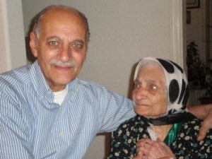 (left to right; new Iranian Jewish immigrant Manouchehr Tabari and his 102-year-old mother Heshmat Elyasian, photo by Karmel Melamed)