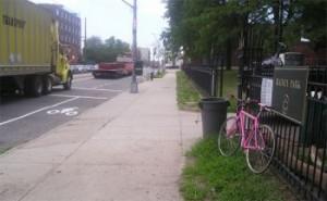 Photo of Vernon Blvd bike lane by Karen Overton via Streetsblog