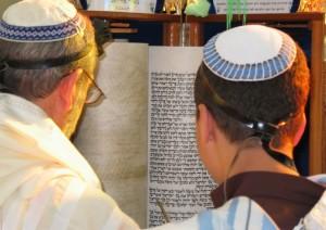 Israel - Halacha: Can Sephardi Students Adopt the Ashkenazi