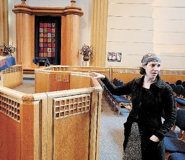 Rabbis Set To Denonce Rabbi Avi Weiss For Ordaining Sara Hurwitz As Rabba. Photo by Claudio Papapietro