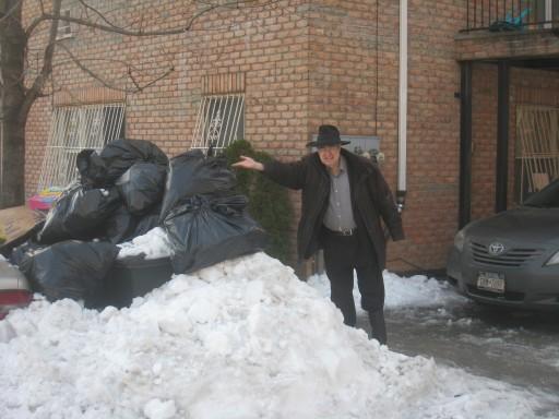 Garbage piles up in Brooklyn, NY, Dec 31 2010. Photo: ShiaHD