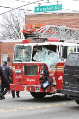 New York - Report: FDNY Truck Ran Light In Fatal Collision