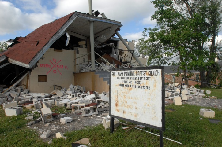 A church is marked by rescue workers showing it has been searched for storm victims in Pratt City, Alabama, USA, 28 April 2011. Severe weather and more than 100 tornados destroyed towns and killed more than 200 people across the southern USA, on 27 April 2011.  EPA/CHRISTINE PRICHARD