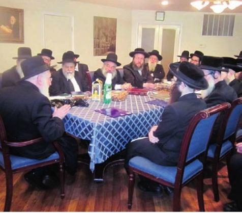 Rabbis meet to discus the upcoming Asifah. Credit: Hamodia