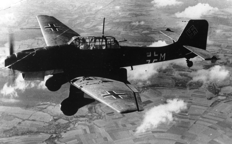 [Image: Germany-Stuka-Recover_sham.jpg]