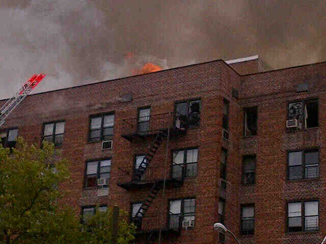 The fire started on the top floor of 665 New York Ave., between Winthrop Avenue and Hawthorne Street, at around 10:00 a.m., the FDNY said. Photo:@NYScanner