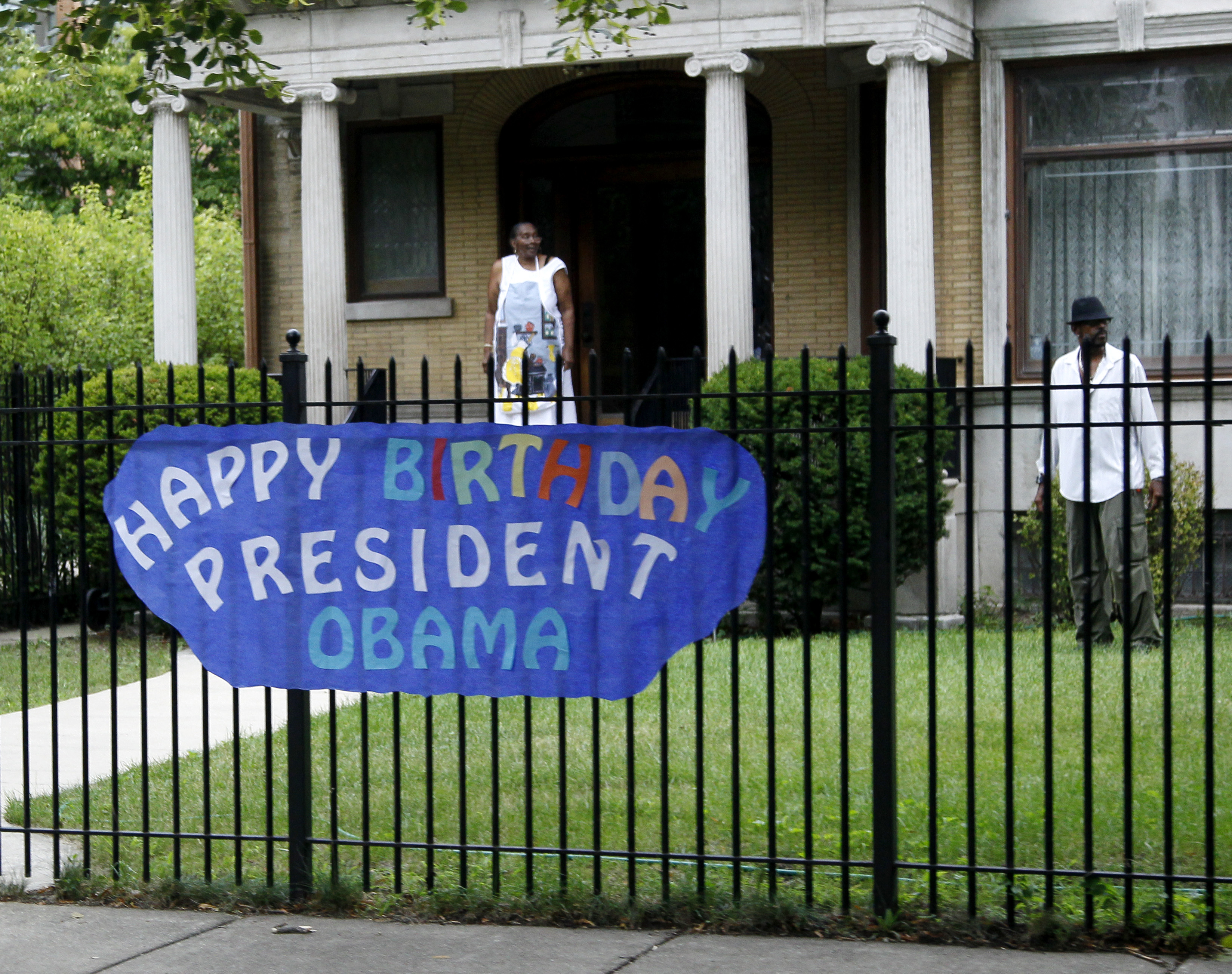 Chicago Il Obama Opens His Chicago Home To Supporters Vos Iz Neias