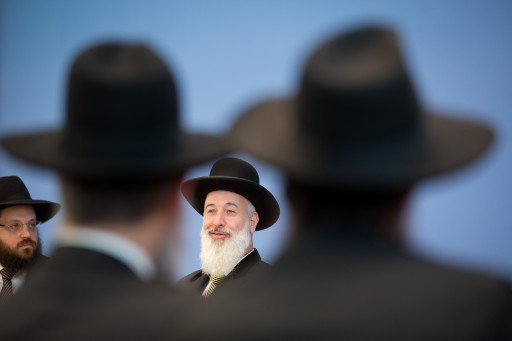 shkenazi Chief Rabbi of Israel, Yona Metzger (C), speaks at a news conference on the debate about circumcisions in Germany, at the Federal Press Conference (Bundespressekonferenz) in Berlin, Germany, 21 August 2012.  EPA