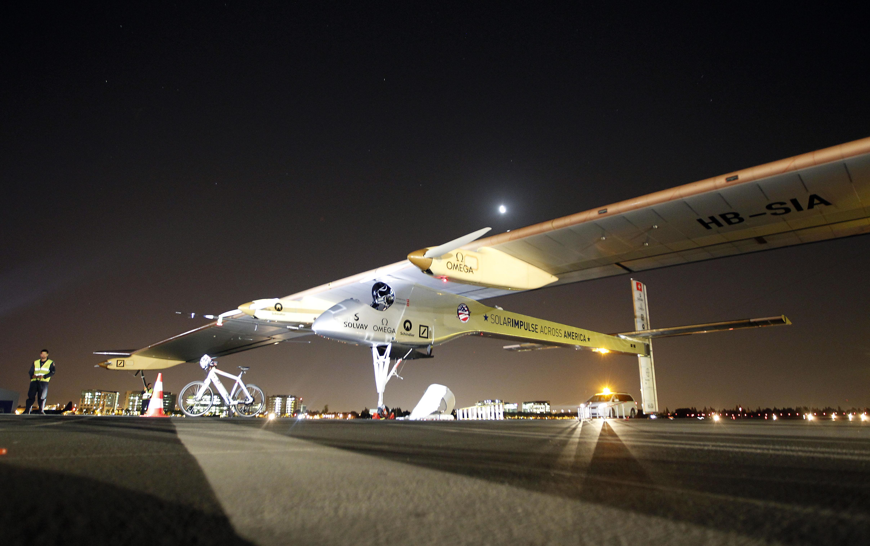 Solar airplanes