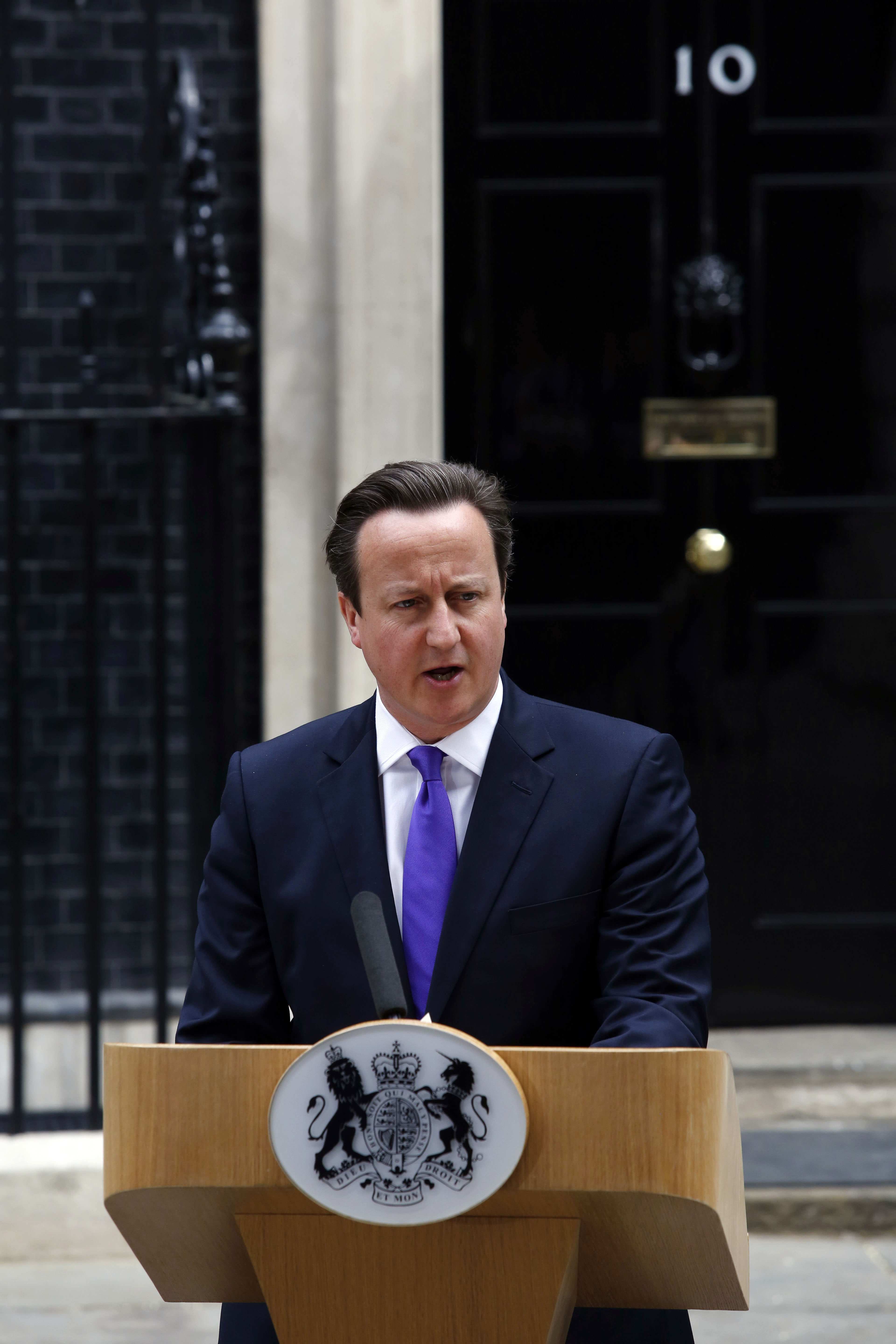 Uk muslims press for peace at 10 downing street - Britain S Prime Minister David Cameron Makes A Statement Outside N 10 Downing Street Following A