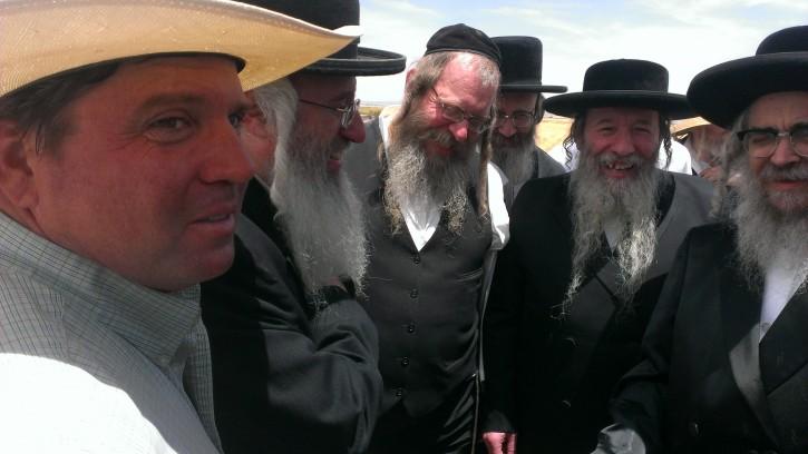 Left to Right: Tim Dunn, Rabbi Issac Levy (KJ Bakery), Rabbi Elya Hershkowitz (Williamsburg Bakery), Rabbi Getzel Berkowitz Dayan of KJ and the Grand Rebbe.