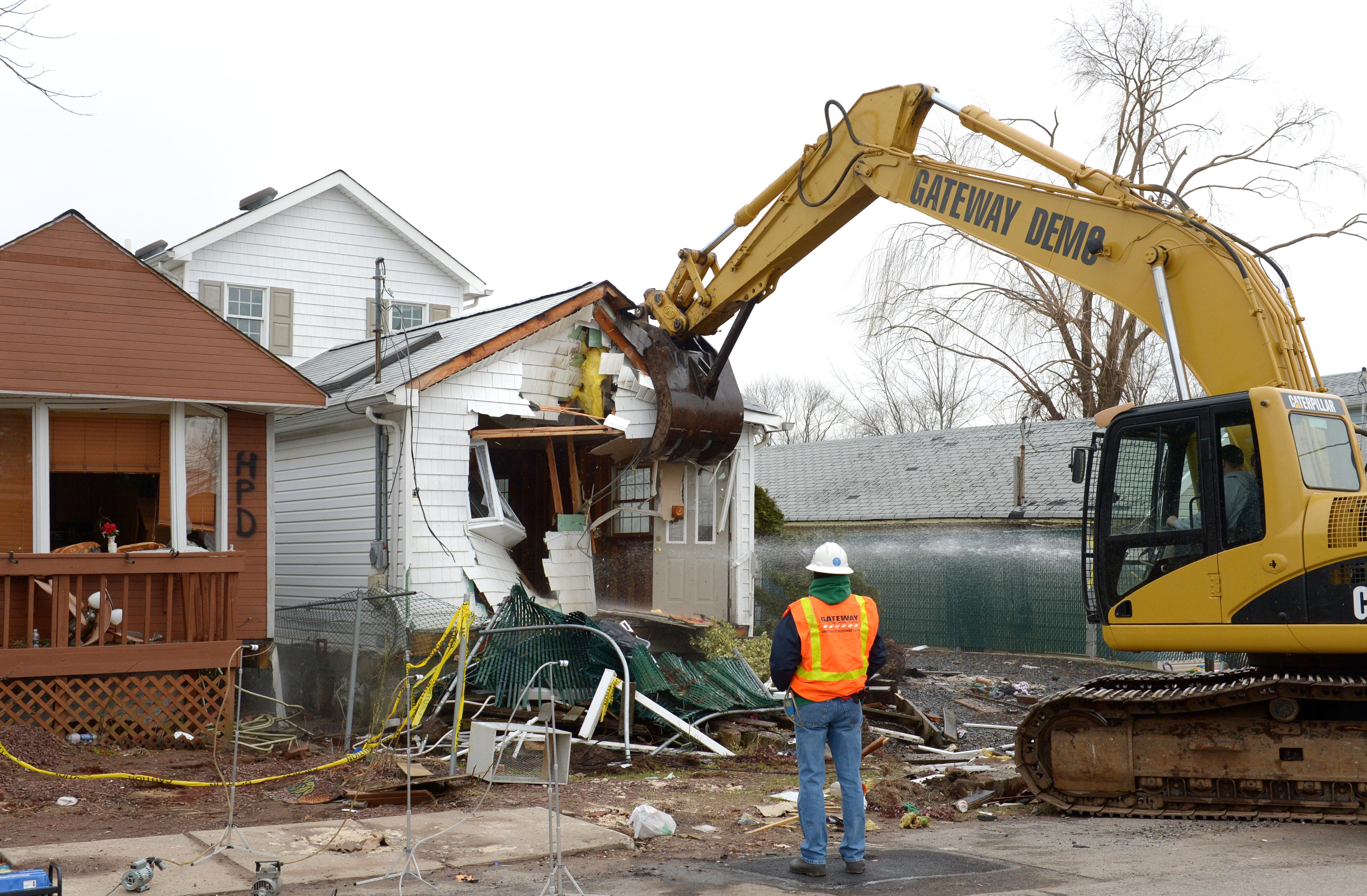 house demolition clipart - photo #43