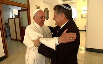 FILE - Rabbi Abraham Skorka With Pope Francisco