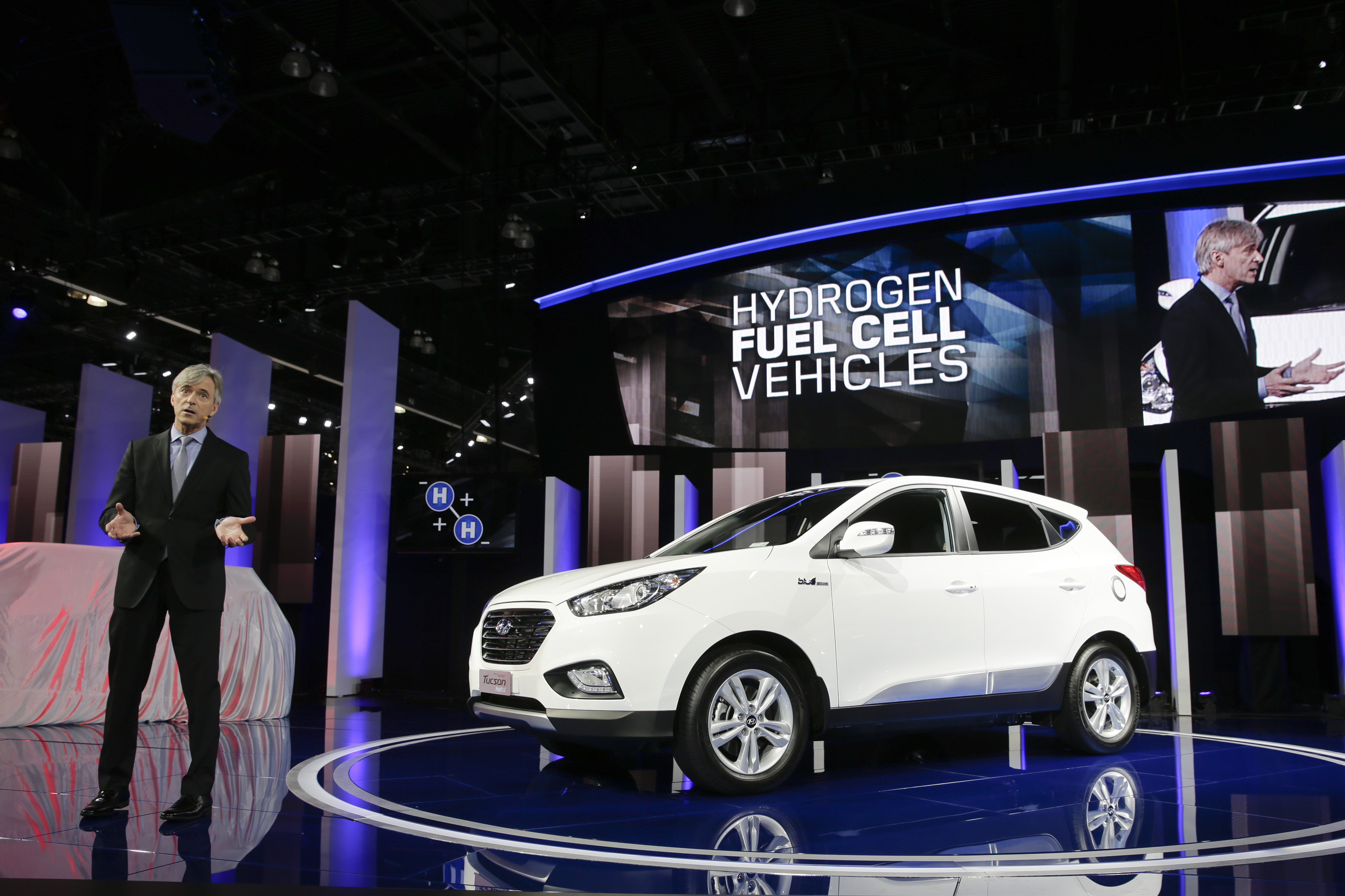 Detroit mi hydrogen cars could be headed to showroom for Motor vehicle department tucson