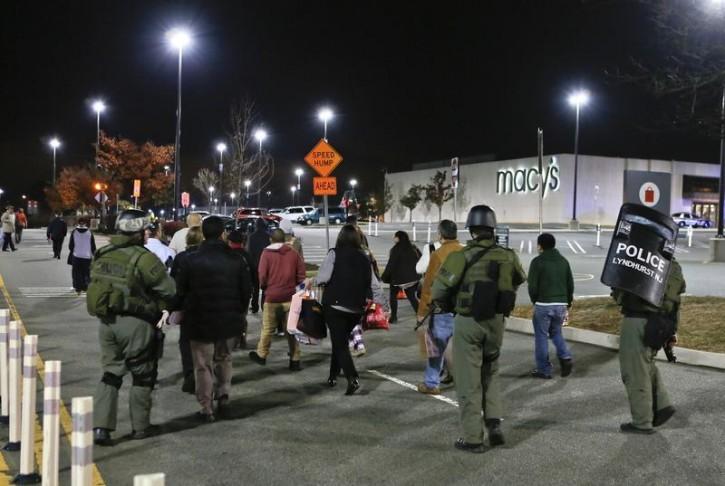 Paramus Nj Rabbi Shmuley Boteach Describes Family S Terror During Nj Garden State Mall Shooting