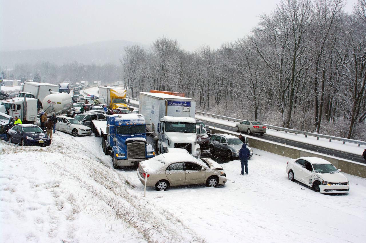 Video Of Car Crash On Snowy Highway
