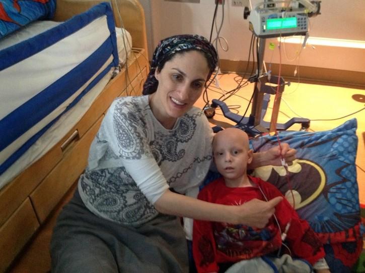Devorah Cohen with her son Elisha