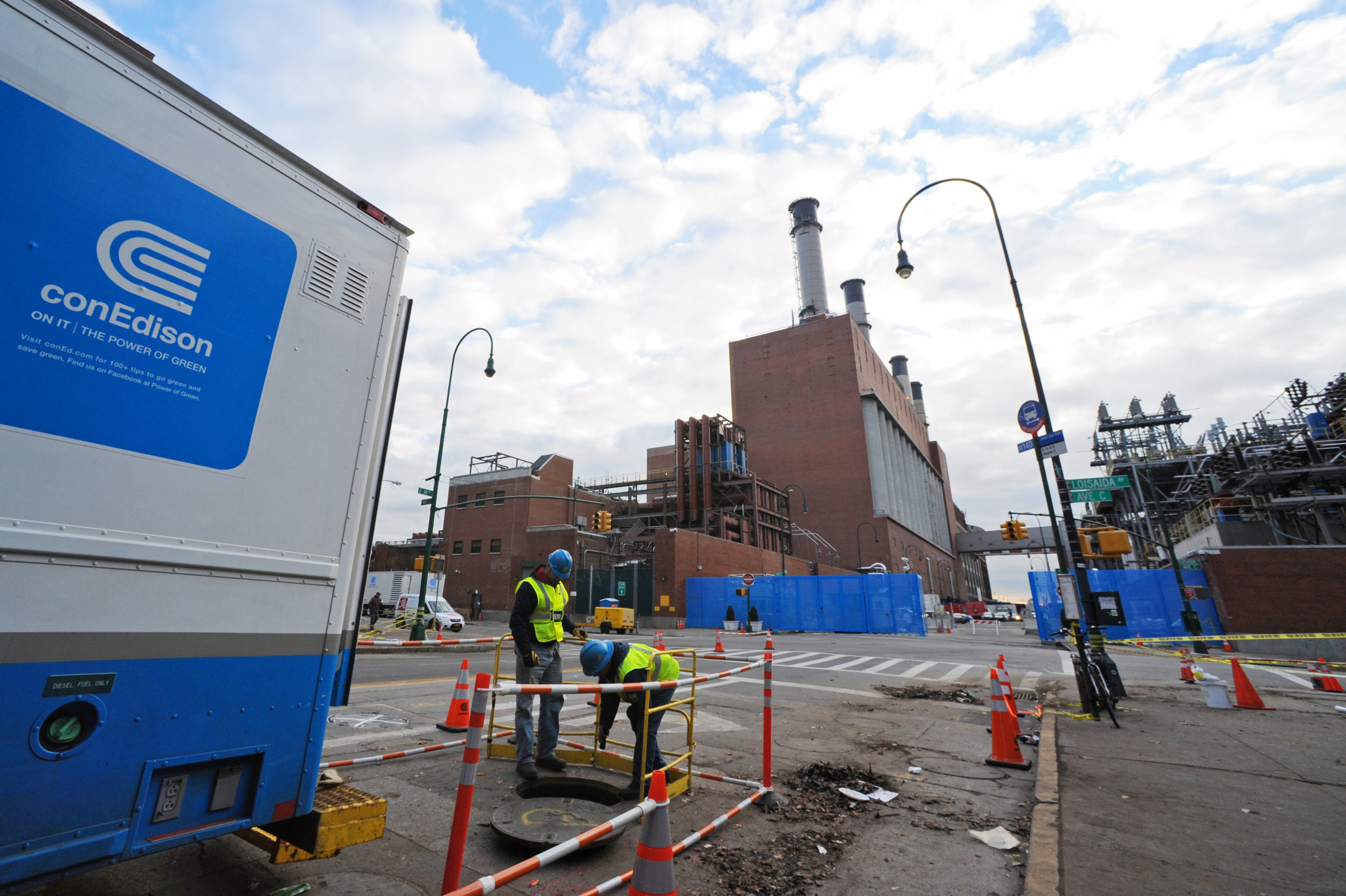 New York, NY - Con Ed Paying Millions For Outsourced ...