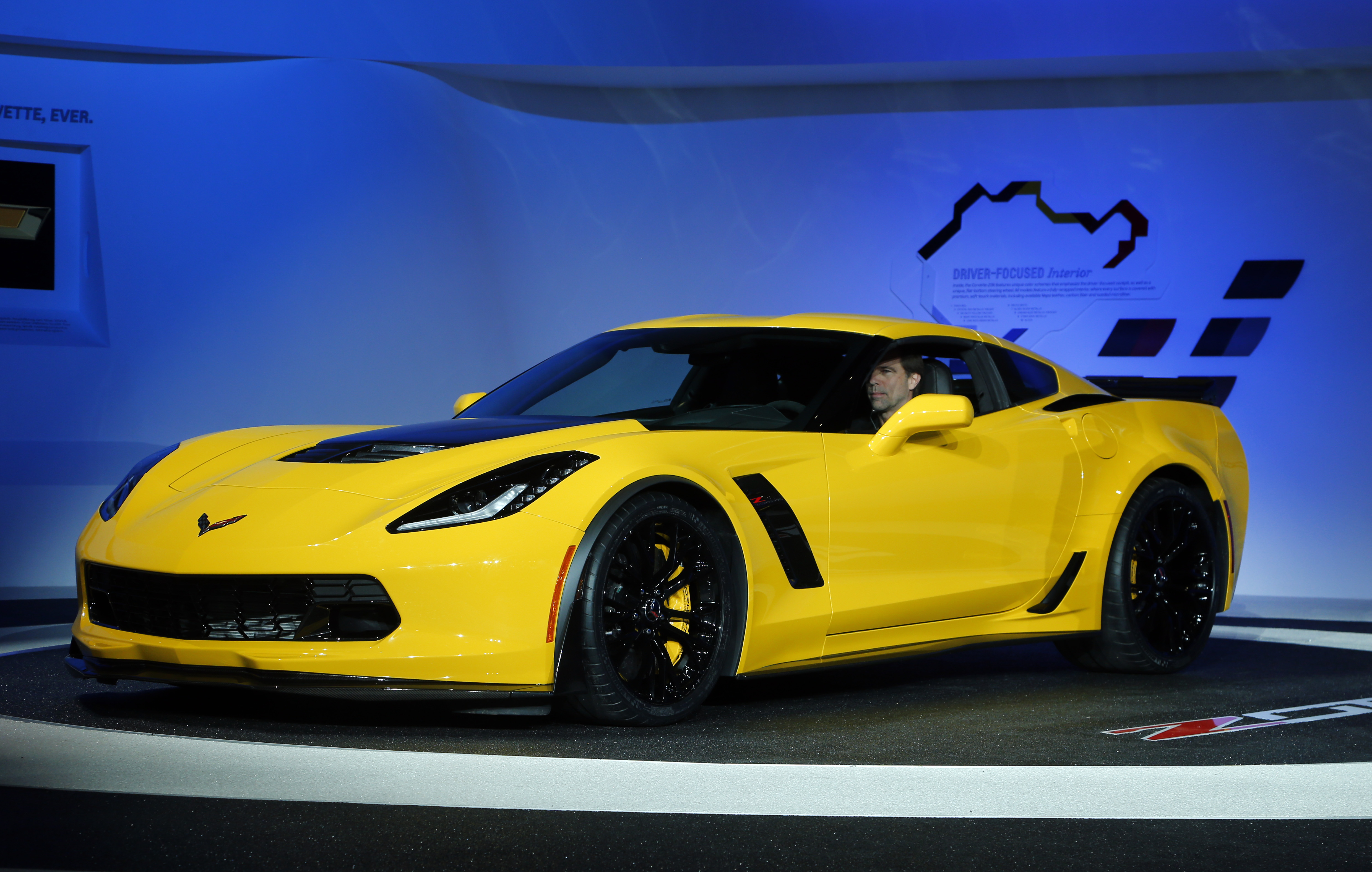 Detroit Hot Cars At The Detroit Auto Show
