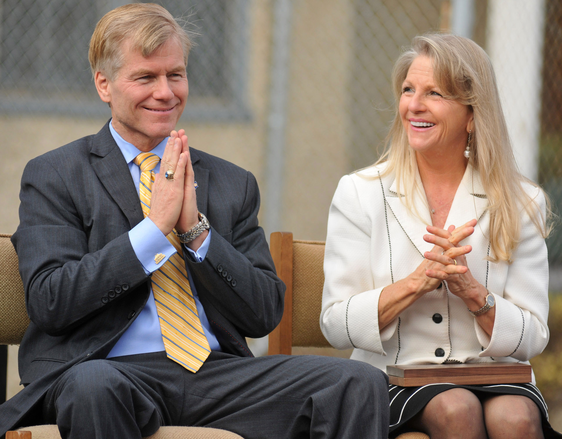 virginia governor bob mcdonnell thesis A dashboard camera shows gillespie at the wheel of a light suv, with former gop governor bob mcdonnell in the back seat on mcdonnell's graduate thesis, written in 1989 at pat robertson's regent university in virginia beach, in which he criticized feminists, working women, and homosexuality.