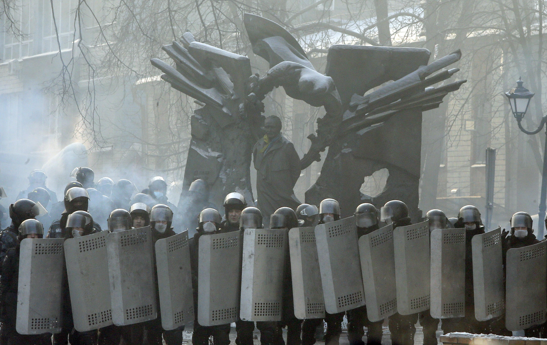 Kiev, Ukraine - Ukrainian Protesters Occupy Govt Buildings ...