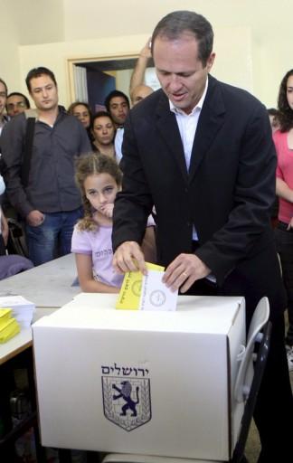 File photo of Jerusalem Mayor Nir Barkat. EPA/YOSSI ZAMIR