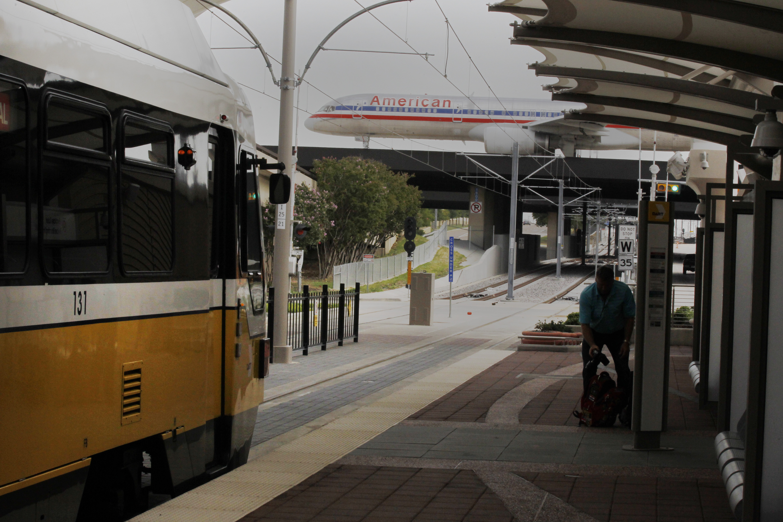 Grapevine Tx Rail Service Extension Reaches Dfw Airport