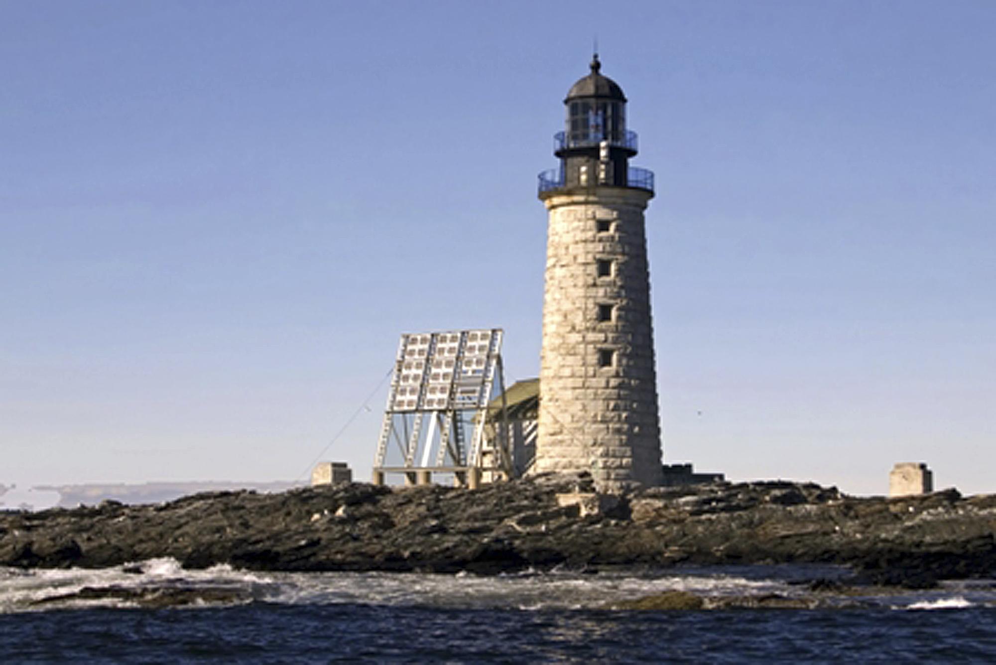 york me plenty of light feds are selling off lighthouses. Black Bedroom Furniture Sets. Home Design Ideas