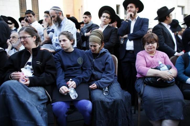 Israeli ultra-Orthodox Jews attend the funeral of Aryeh Kopinsky, Calman Levine and Avraham Shmuel Goldberg in Jerusalem November 18, 2014. Reuters