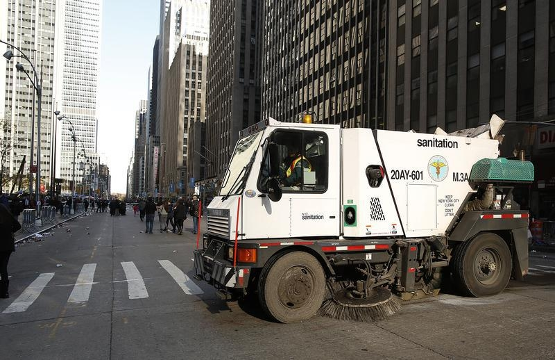 New York Sanitation Dept Replacing Street Sweepers With Safer - Nyc street sweeping map