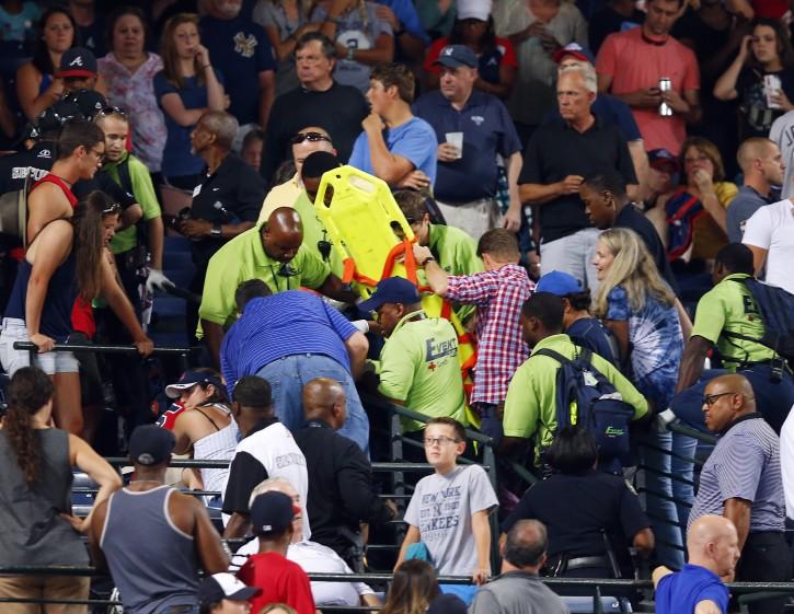 Atlanta – Fan Dies After Fall From Upper Deck At Atlanta Braves Game