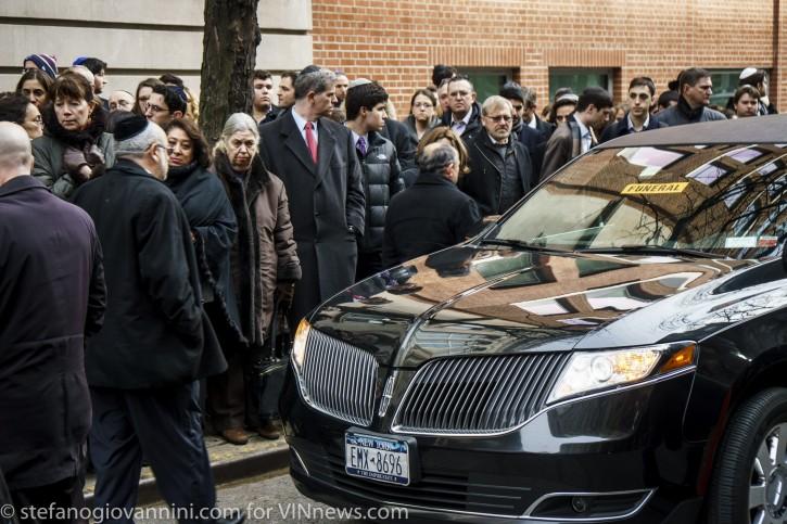 funeral of Daniella Moffson, 21, killed in a vehicle crash  in Honduras. Kehilath Jeshurun, Upper East Side, Manhattan, New York NY. photo by Stefano Giovannini