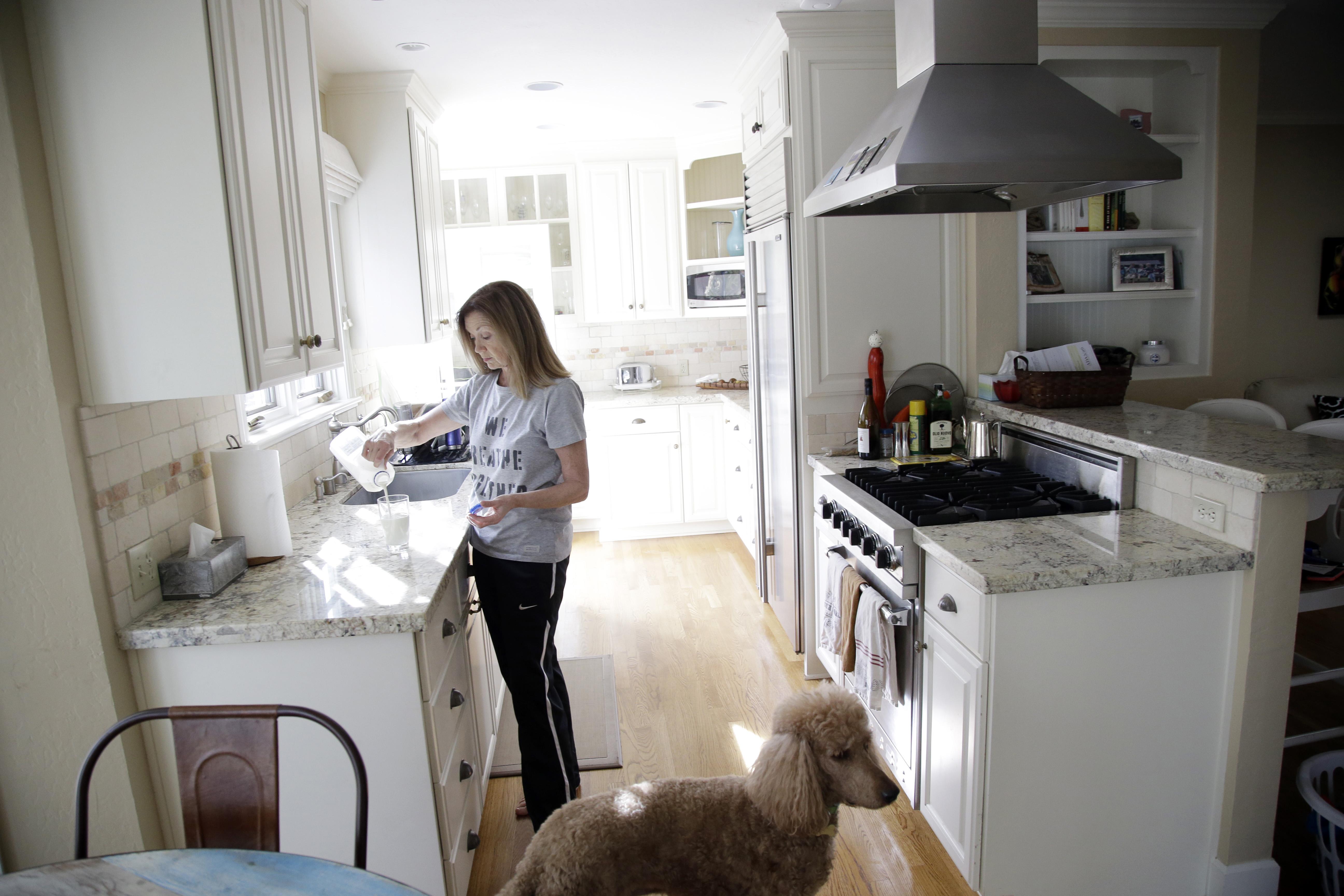 San Francisco - Super Bowl 50: Residents List Rentals At Super-sized ...