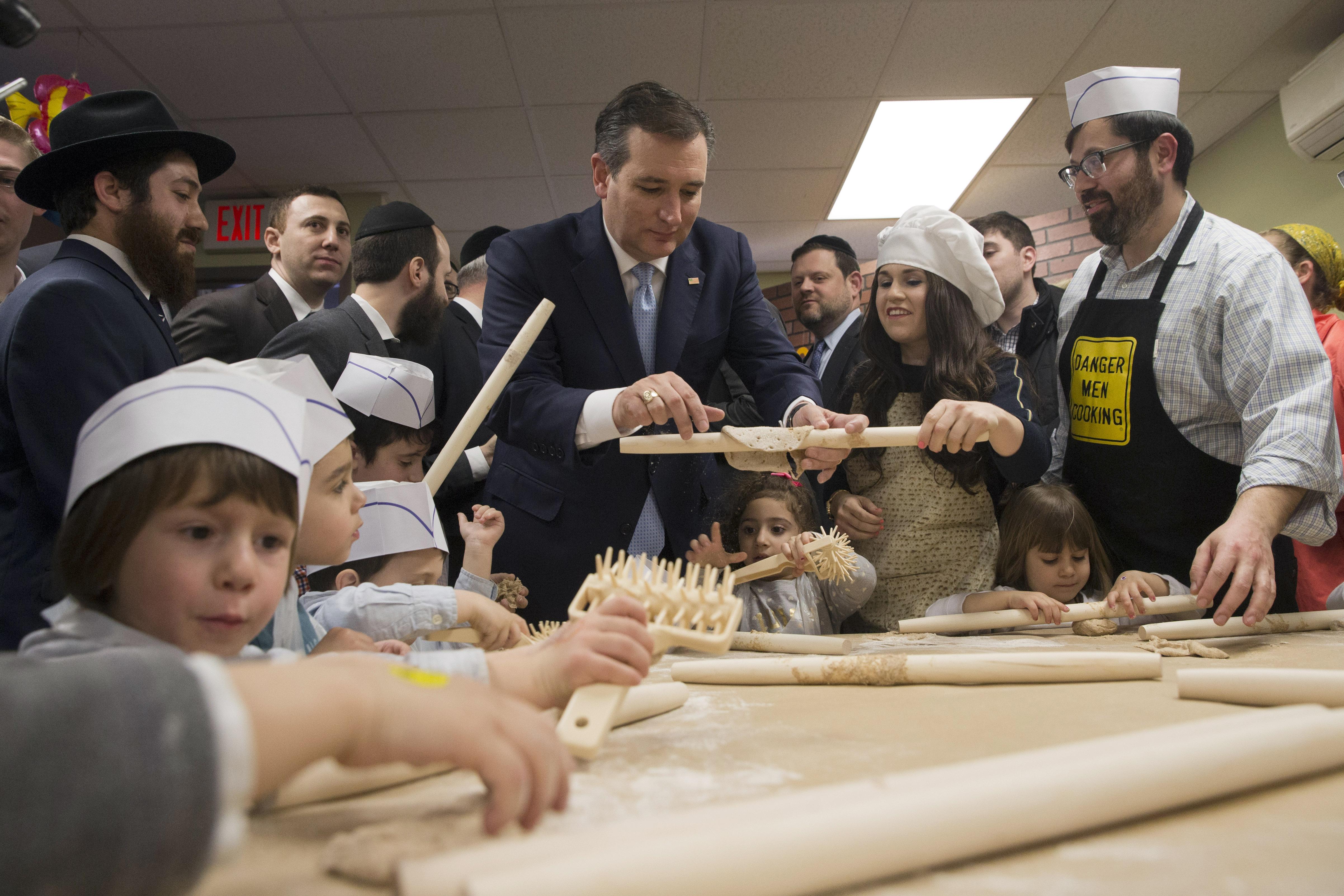 Republican Presidential Candidate Sen Ted Cruz R Texas Makes Matzah At