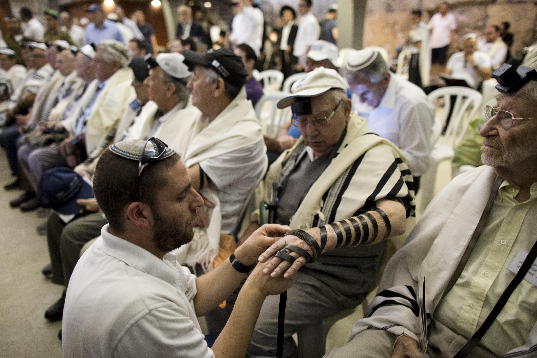 Jerusalem - Holocaust Survivors Finally Get Bar And Bat ...