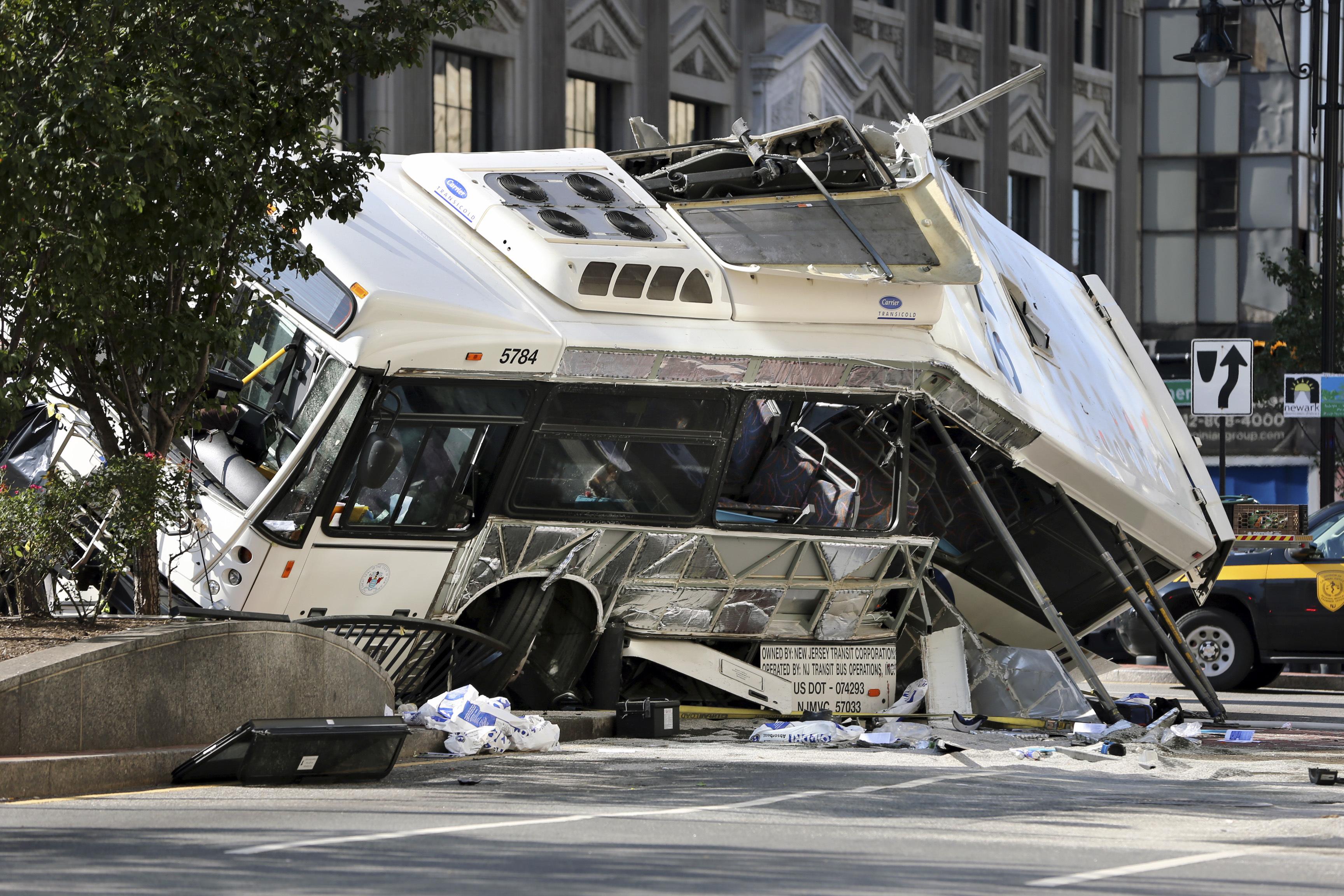 Newark, NJ - Video Of Deadly Bus Crash Released