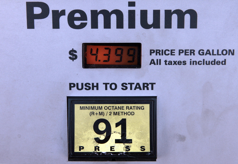 new york us motorists wasted billions on premium gasoline last year. Black Bedroom Furniture Sets. Home Design Ideas