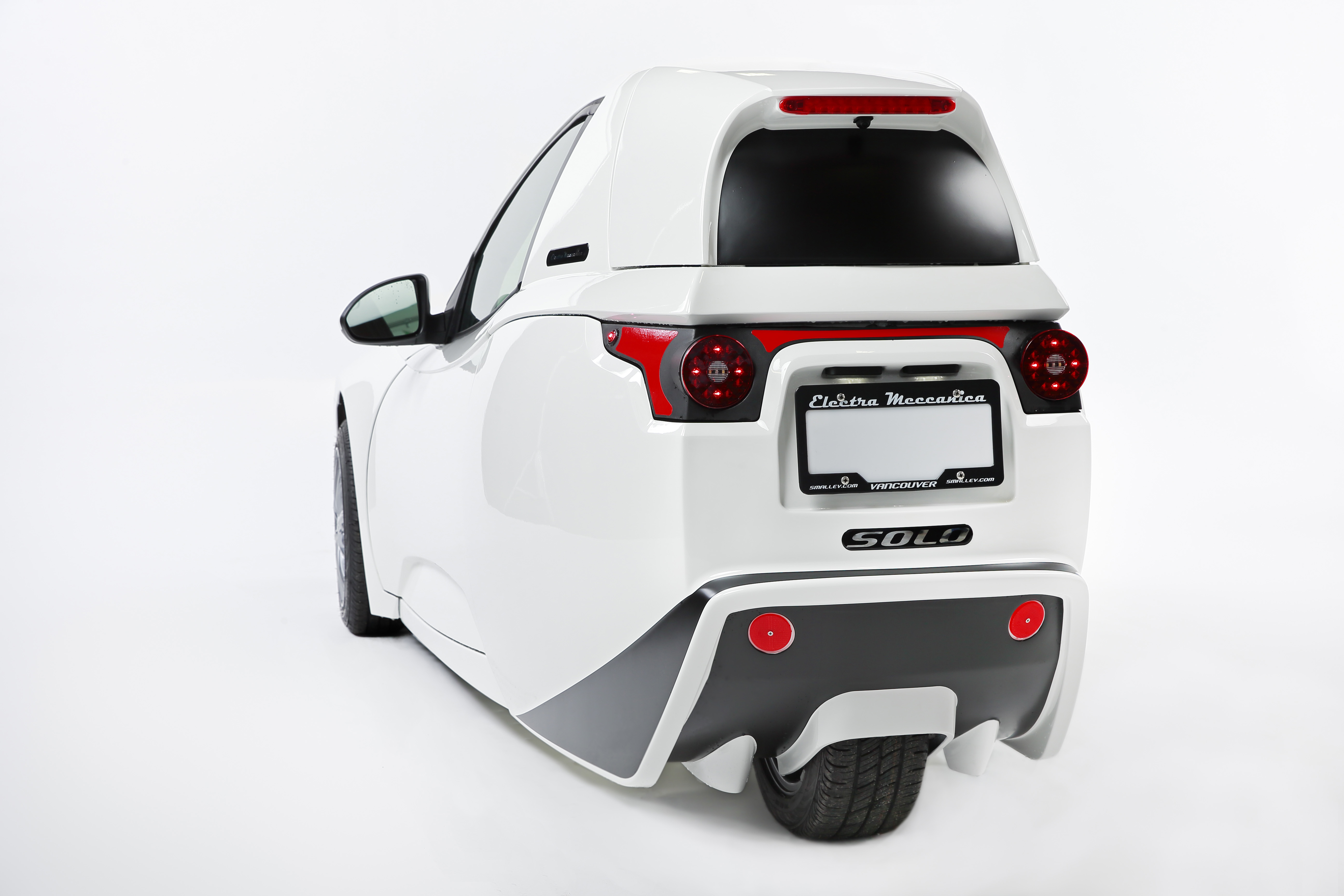 Detroit 3 wheeled Electric Vehicle Set To Go Sale