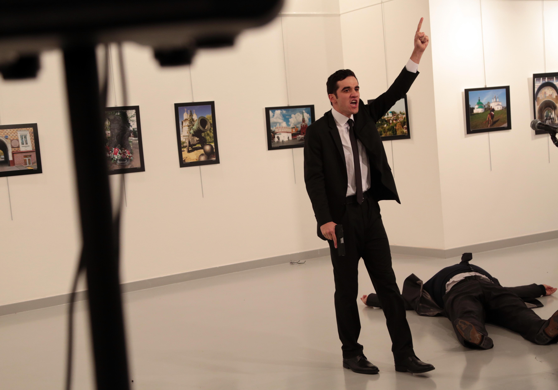 http://www.vosizneias.com/wp-content/uploads/2016/12/Turkey-Russian-Ambasa_sham1.jpg