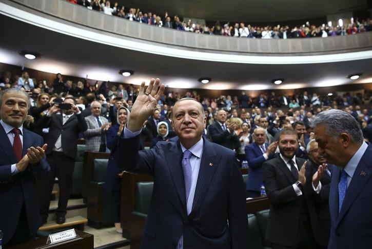 Ankara – Thousands Say 'That's Enough' To Turkey's Erdogan On Twitter