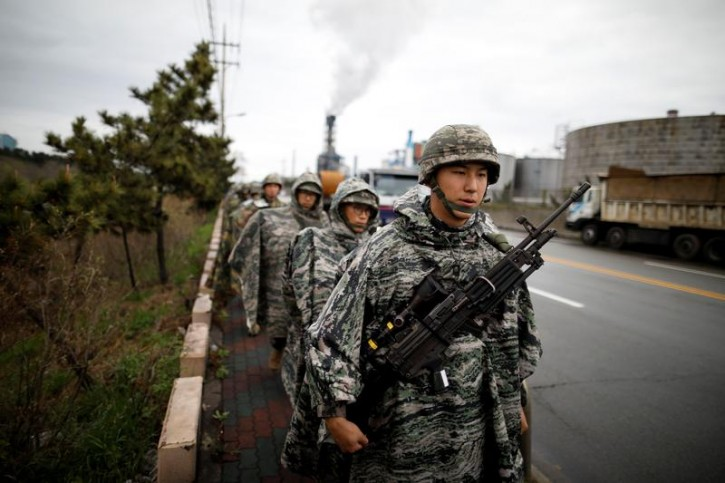 South Korean marines march during a military exercise as a part of the annual joint military training called Foal Eagle between South Korea and the U.S. in Pohang, South Korea, April 5, 2018.  REUTERS/Kim Hong-Ji