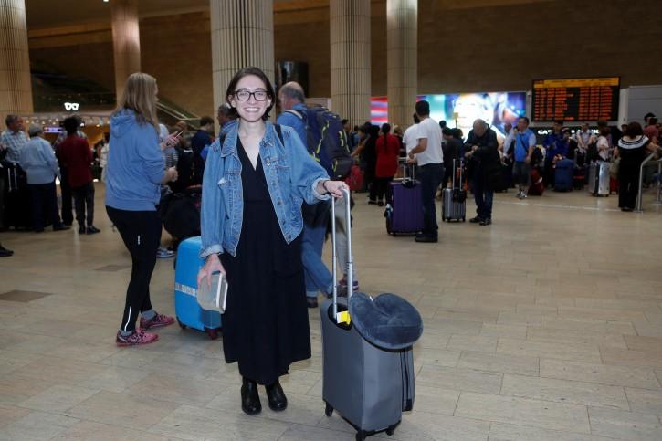U.S. student Lara Alqasem walks at the Ben Gurion international airport terminal in Lod, near Tel Aviv, Israel October 18, 2018 REUTERS/Dudu Bachar