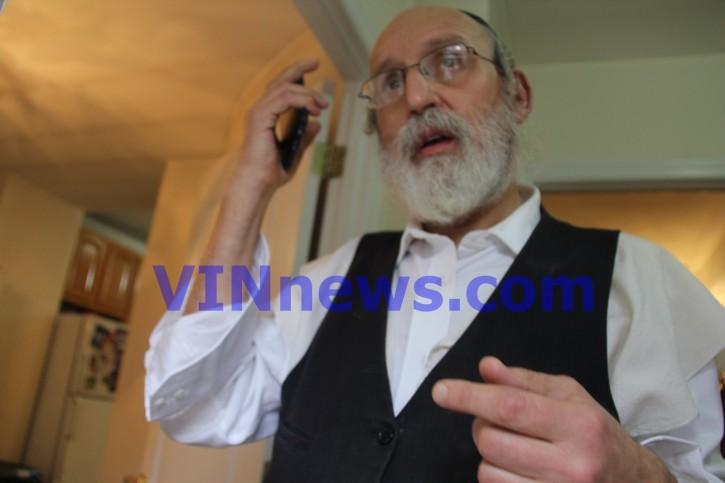 Lipa Schwartz at his home in Boroug Park  Oct. 14, 2018 (Shimon Gifter- VINnews.com)