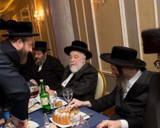 Kapisher Rov (R) at a Pidon Haben with Liska Rebbe Rabbi Tzvi Hersh Friedlander. October 2015