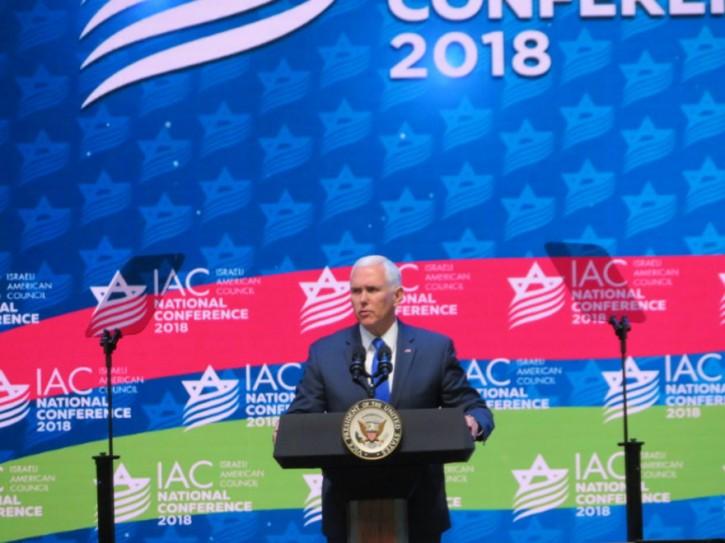 U.S. Vice President Mike Pence addresses the Israeli American Council on Nov. 30 2018 (Ron Kampeas)
