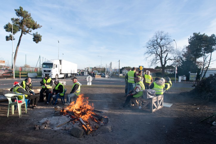 Protesters wear yellow vests as they demonstrate in Langon, near Bordeaux, France, 11 December 2018. EPA