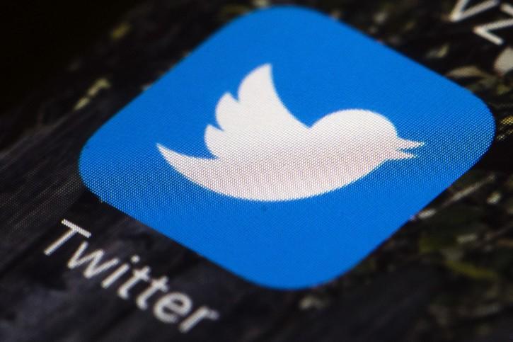 New York – Some Journalists Wonder If Their Profession Is Tweet-crazy