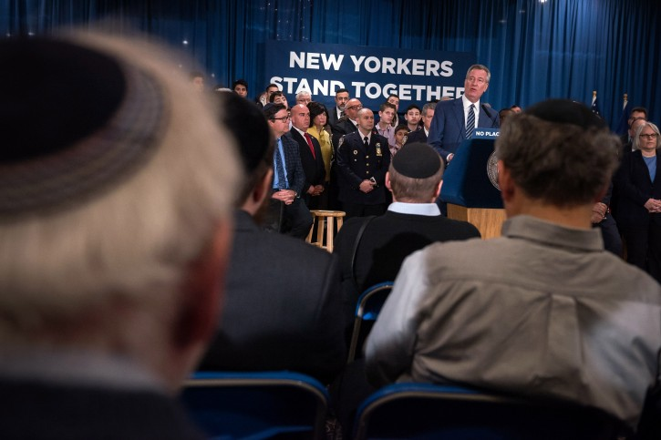 Mayor Bill de Blasio attends an antisemitism rally and delivers remarks on New York City's intolerance for hate crimes. The event was at Kingsway Jewish Center in Brooklyn, New York on Thursday, February 14, 2019. (Ed Reed and Paige Polk/Mayoral Photography Office)