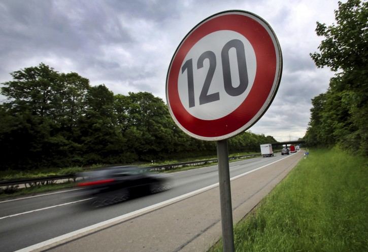 frankfurt eu aims to put speed limit technology on cars. Black Bedroom Furniture Sets. Home Design Ideas
