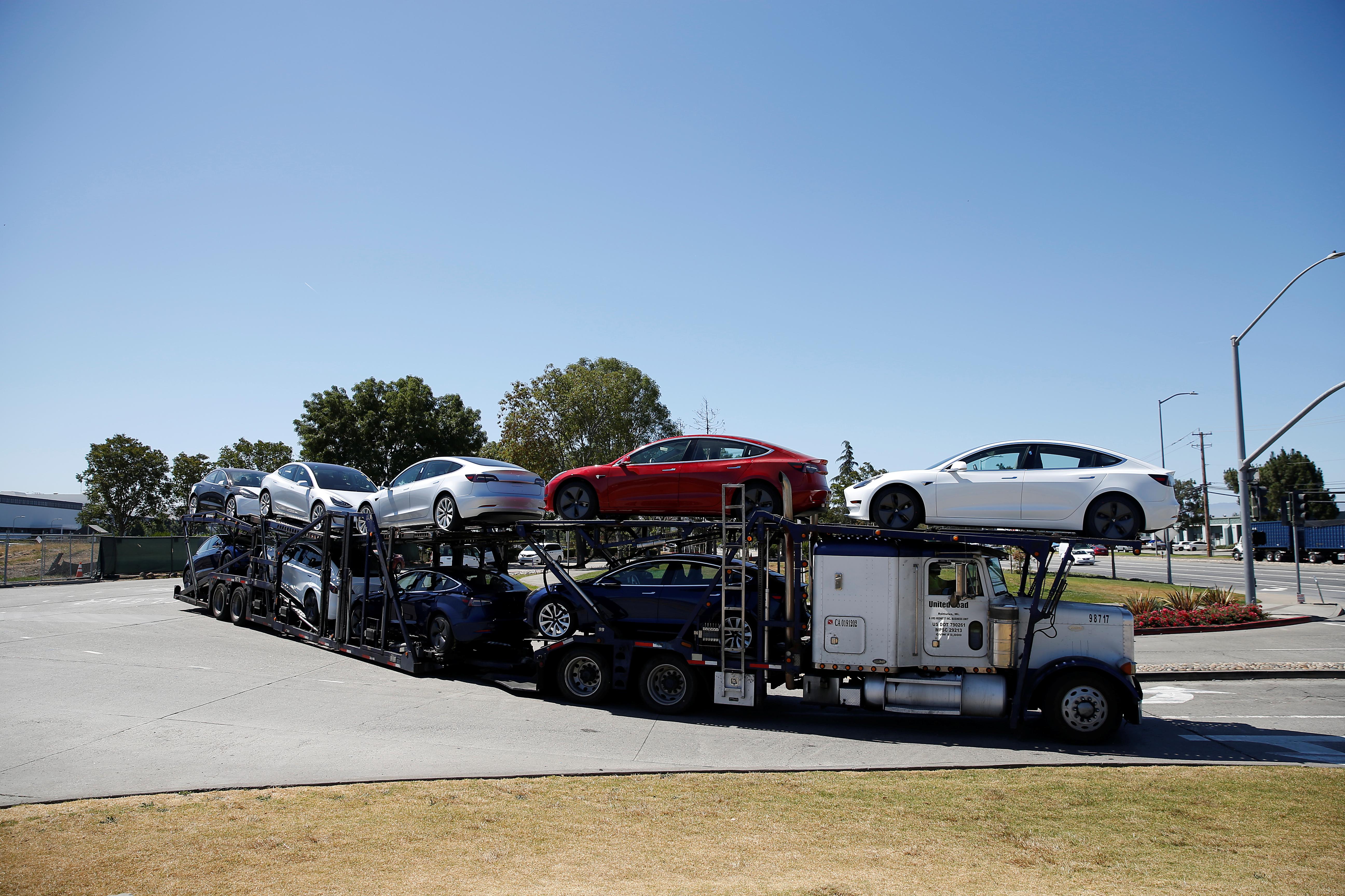 Tesla model 3 leasing